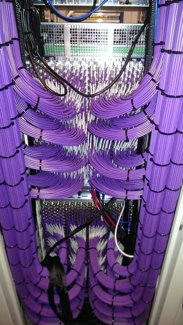 укладка телефонного кабеля